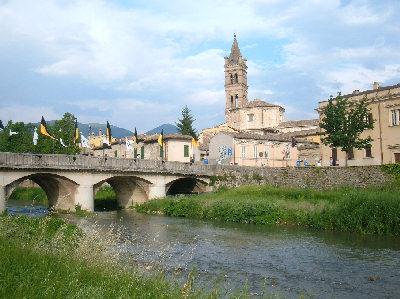 Foligno (PG) - Ponte sul fiume Topino