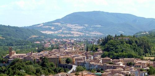 Veduta panoramica della città di Pergola (PU)